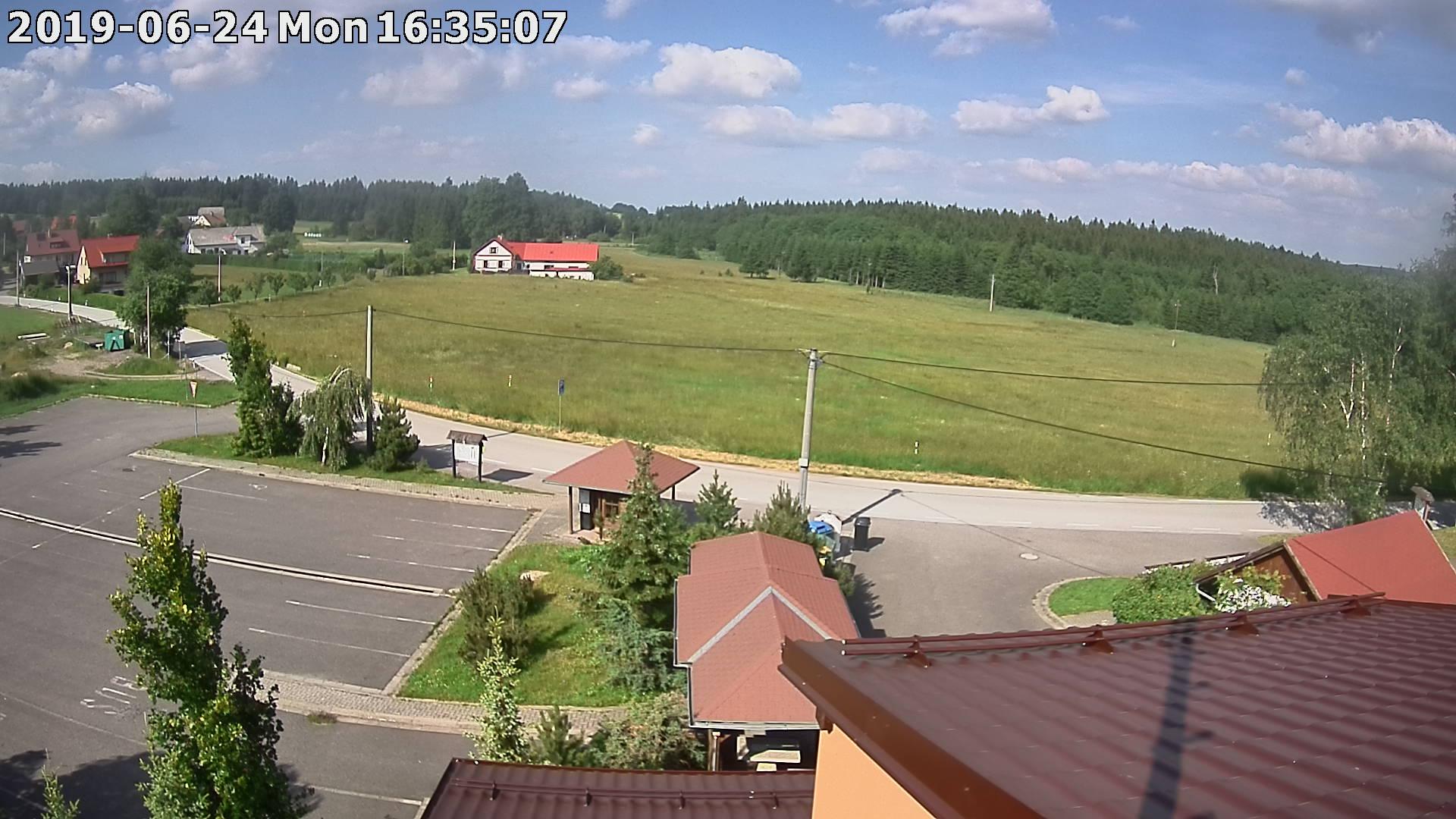 Webkamera ze dne 2019-06-24