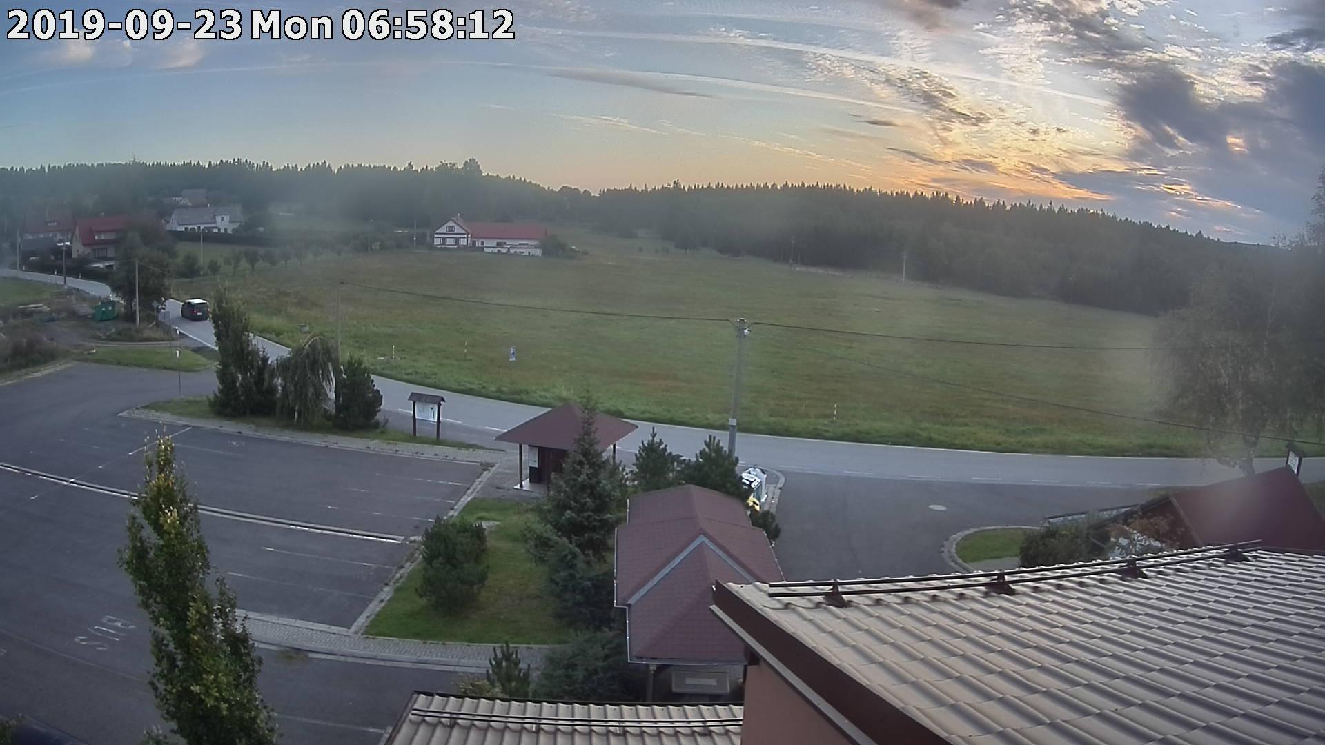 Webkamera ze dne 2019-09-23