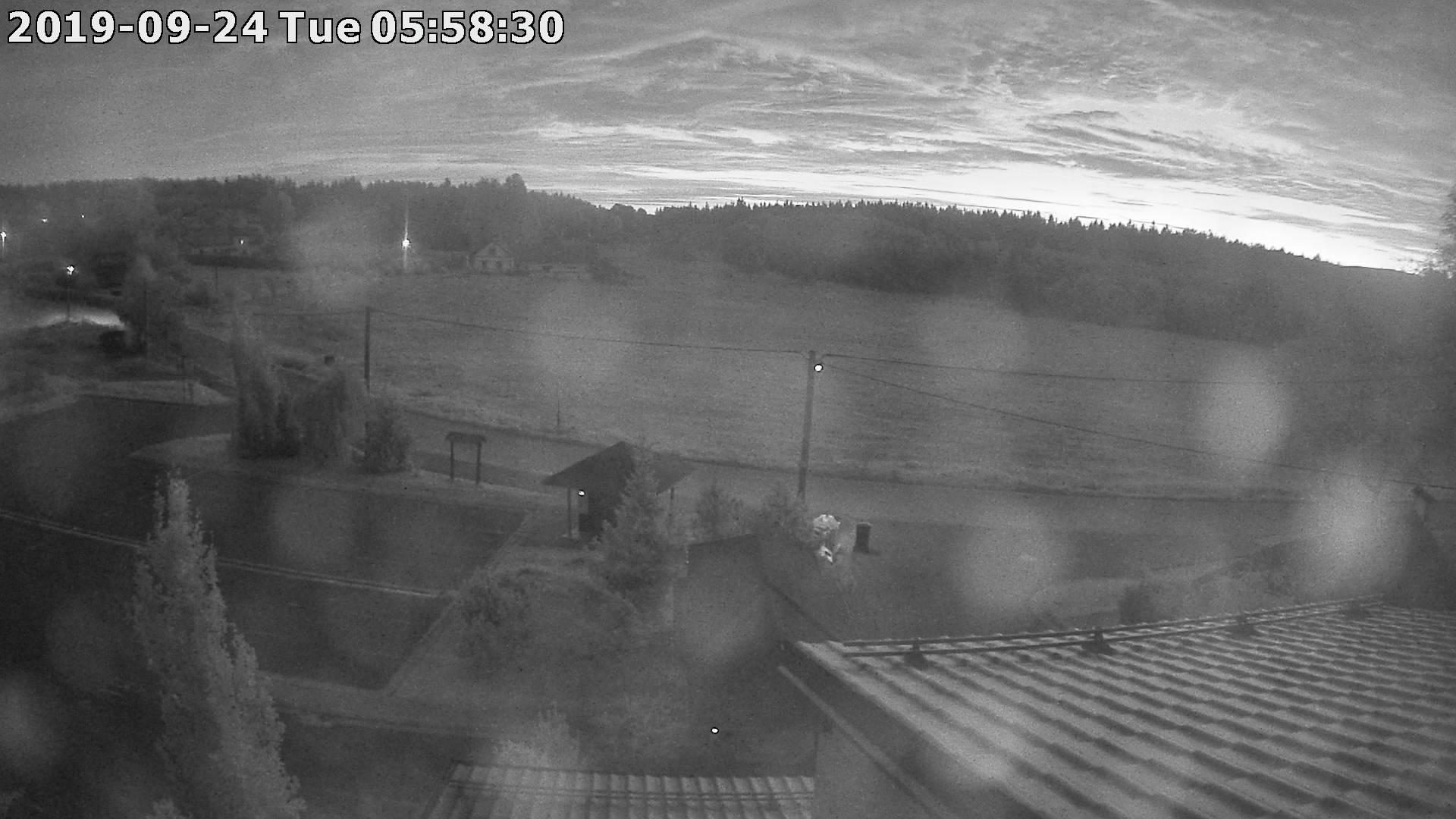 Webkamera ze dne 2019-09-24